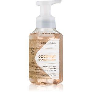 Bath & Body Works Coconut Sandalwood pěnové mýdlo na ruce