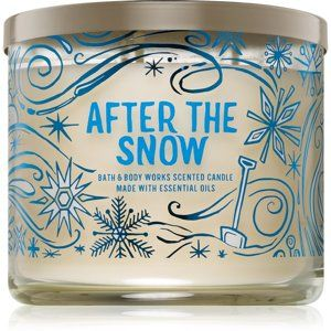 Bath & Body Works After The Snow vonná svíčka 411 g