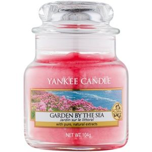 Yankee Candle Garden by the Sea vonná svíčka 104 g Classic malá